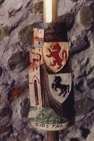 Lancia d'oro conseguita il 1° settembre 1991 XVIII vittoria di S. Andrea 81ª Edizione della Giostra del Saracino. Intagliatore Francesco Conti (Foto Giovanni Romanini) (Riferimento Faliero Papini e Primetto Barelli)