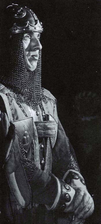 C. Dissennati; nonno di Saverio, è qui ritratto nel ruolo di Capitano di Porta Crucifera; Rettore Renato Gasperini.